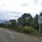 Imagen del punto kilométrico en el que finaliza la carretera, cerca del enlace con la LE-125.