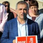 Palazuelo, candidato del PSOE, durante la presentación de su candidatura.