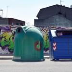 Isleta de recogida de residuos sólidos urbanos en la calle Santa Elena. / Foto: Rubén