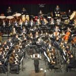 Concierto de las dos bandas en el Teatro Municipal de La Bañeza. / Foto: Rubén