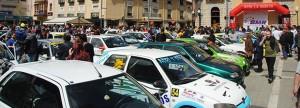 Los coches estacionados en la Plaza Mayor.