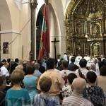 La misa fue concelebrada por varios sacerdotes de la ciudad.