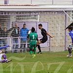 El descuido del portero del Júpiter le dio los puntos a La Bañeza FC.