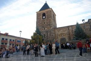 Las obras de la Plaza del Salvador fueron bendecidas por el sacerdote Arturo Cabo.