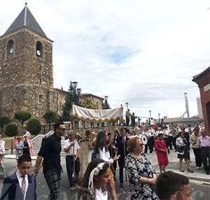 La procesión partió de la iglesia de El Salvador.
